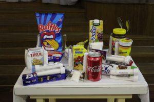 Demonstração dos alimentos considerados não saudáveis