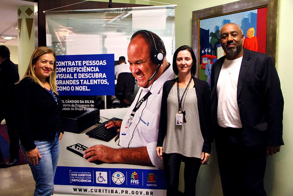 Por ordem: Assistente Social, Roseli Ribas, a Coordenadora de Projetos, Claudiane Pikes e o Presidente da instituição, Alexandro Luiz Barbosa.