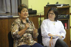 Mãe do Masato, Rosangela Hiromi, contando sua experiência